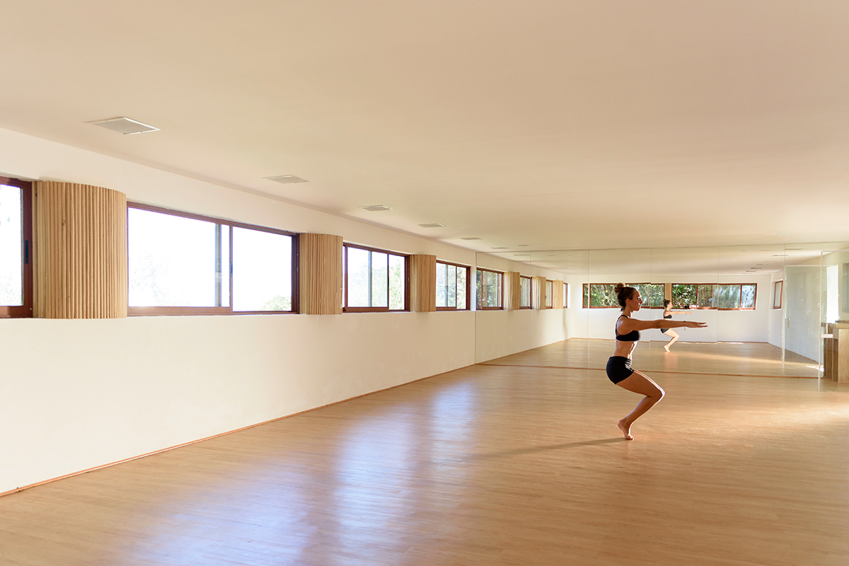 Estudio de Hot Yoga en Xinalani
